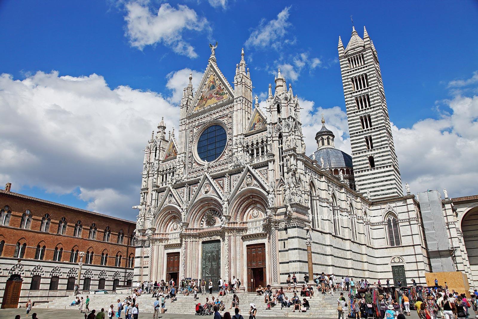 イタリア「シエナ歴史地区」- シエナ大聖堂