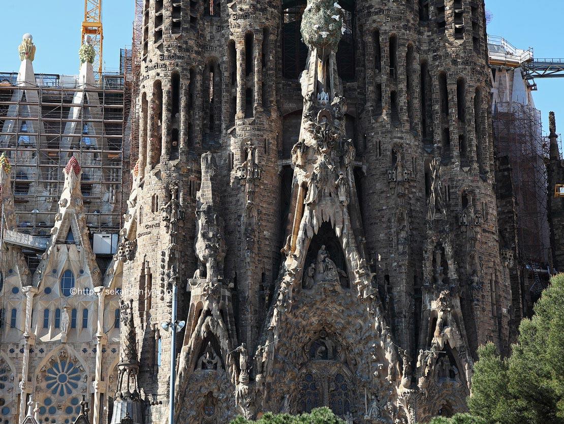 スペイン「アントニ・ガウディの作品群」サグラダ・ファミリア