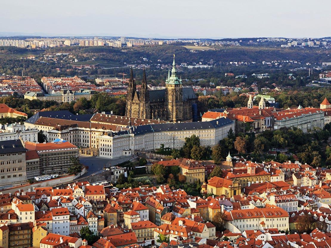 チェコ「プラハ歴史地区」- プラハ城