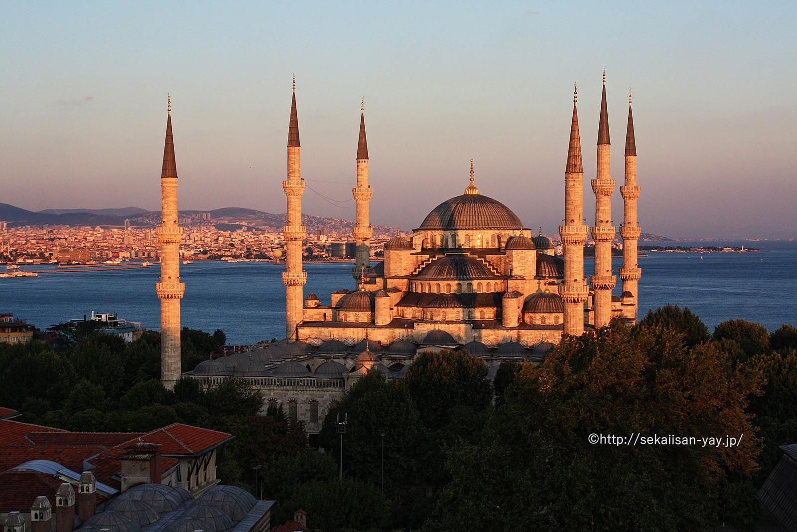 トルコ「イスタンブール歴史地域」- スルタンアフメット・ジャーミィ(ブルーモスク)